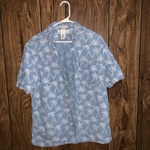 H&M Palm tree shirt